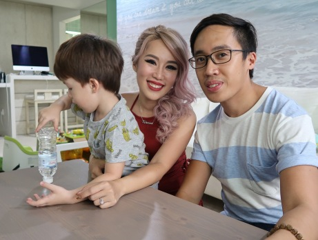 With one of Singapore's most famous bloggers.
